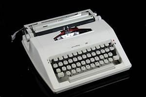 Ibm Berechnen : privileg 180 reise schreibmaschine mit koffer kleinschreibmaschine typewriter ebay ~ Themetempest.com Abrechnung