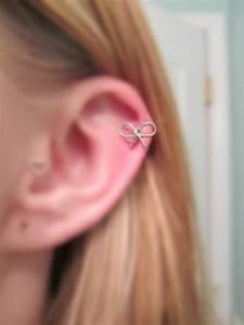 Bow Cartilage Earring 20 gauge