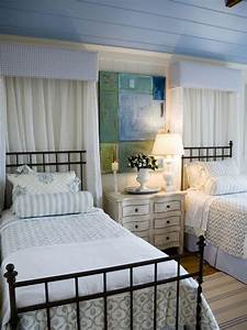 photo page hgtv With cottage style twin beds