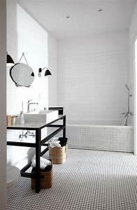 appartement minimaliste a varsovie par kw studio With petit carreaux salle de bain