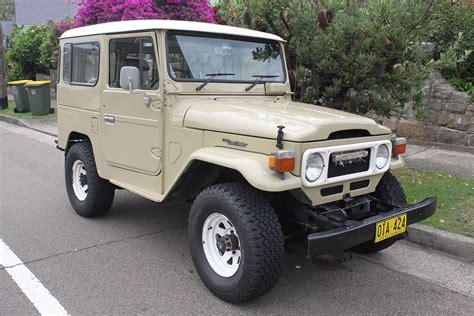 Ee  Toyota Ee   Land Cruiser J
