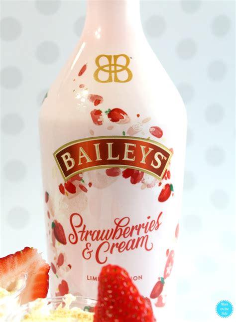 baileys strawberries  cream mousse momonthesidecom