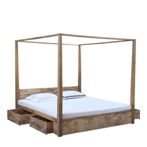 letti a baldacchino in legno letto baldacchino legno naturale letti coloniali