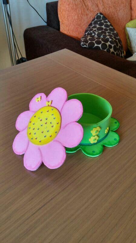 detalle de caja de goma con forma de flor foamy regalos el mundo foami caja de