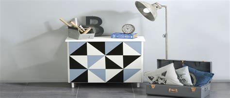 repeindre des meubles de cuisine en stratifié peindre un meuble en bois quelle peinture choisir