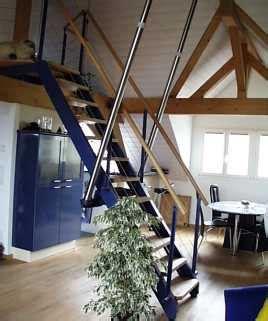 Treppe Zwischen Zwei Wänden by Treppen