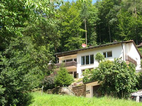 Haus Kaufen Am Waldrand Schweiz by Ferienwohnung Waldkirch Haus Am Waldrand Ferienwohnung
