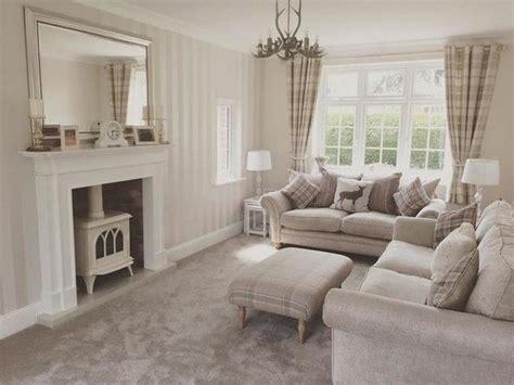 fau living room club best 20 living room wallpaper ideas on