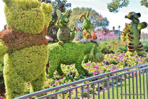 winnie the pooh and friends topiary united kingdom epcot