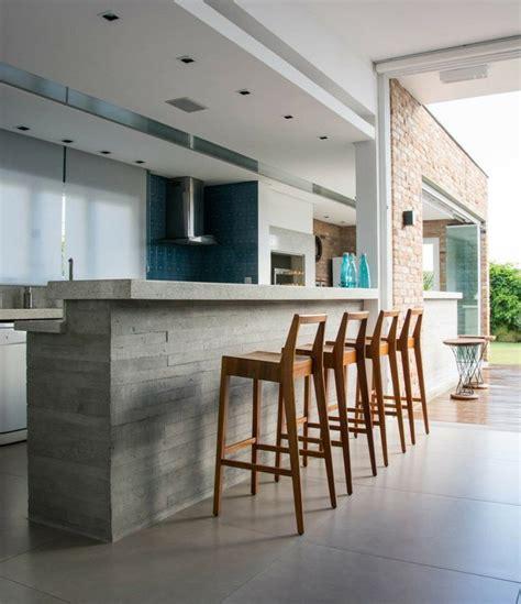 beton cire cuisine béton ciré pour plan de travail de cuisine 25 idées modernes