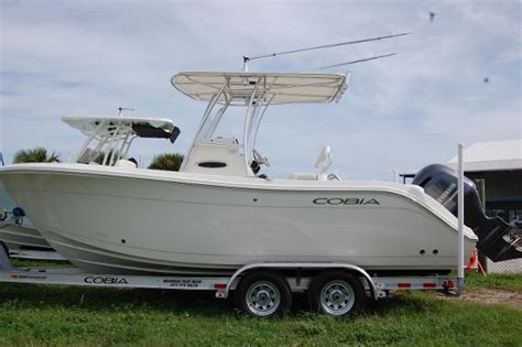 Cobia Boats 220 Cc by 2018 Cobia 220cc Melbourne Florida Boats