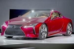 Lexus Lc Sport : lexus unveils high powered lc 500 sports coupe chicago tribune ~ Gottalentnigeria.com Avis de Voitures
