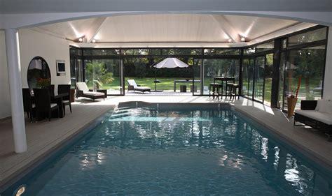 sud bureau piscine intérieure creusée sur mesure chez caron piscines