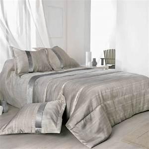 Jeté De Lit : plaza jet de lit matelass avec taies d 39 oreillers de linder linge mat ~ Teatrodelosmanantiales.com Idées de Décoration