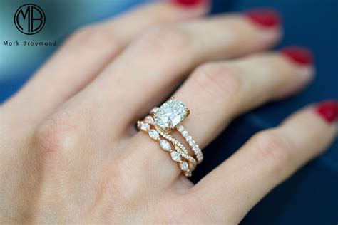 this is one of our most favorite combinations we stacking dainty gold bands