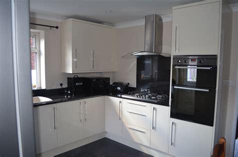 b q kitchen design kitchen in high gloss b q kitchen and bathroom 1405