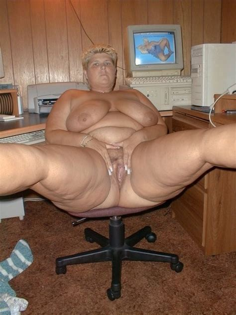 full nude granny mature oma v