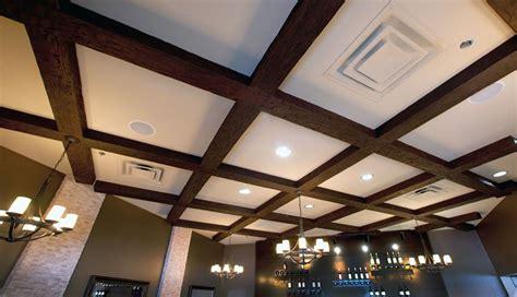 finte travi per soffitto pannelli finto legno per soffitto con travi finto legno