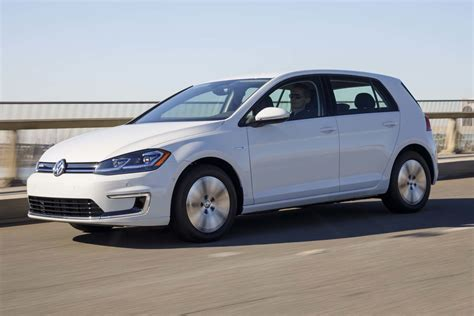 2017 Volkswagen E-golf Quick Drive Review