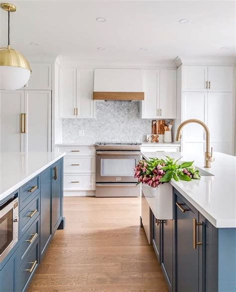painted kitchen cabinets images 3120 best country kitchen images on country 3986