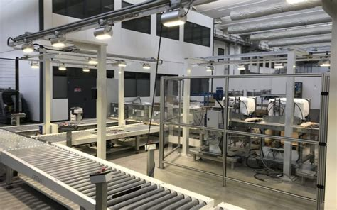 lade a led per capannoni industriali lade per capannoni industriali fari e plafoniere a led