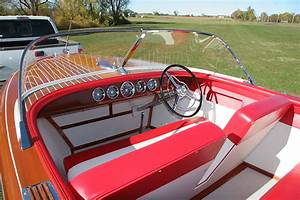 1959 18 U0026 39  Chris Craft Capri Classic Runabout