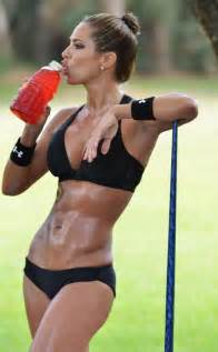 Daily ABspiration: Hot Chicks With Hot Abs