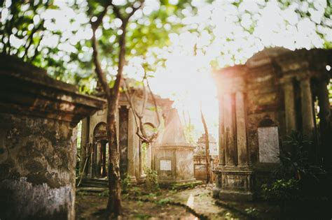 South Park Street Cemetery, Kolkata, India » Hom Photography ? Brother and Sister Los Angeles