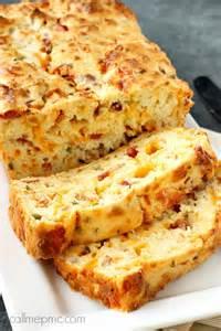 Cheesy Bacon Jalapeno Popper Bread