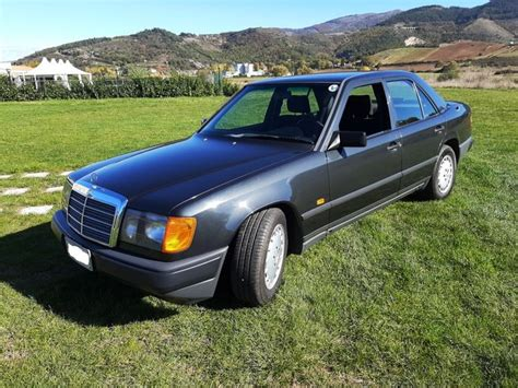 We made great efforts to collect all of them. Mercedes-Benz - 200 E (W124) - 1989 - Catawiki
