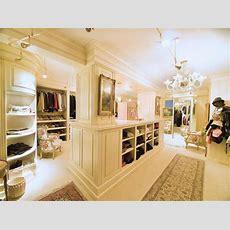 Swoonworthy Luxury Walkin Closets