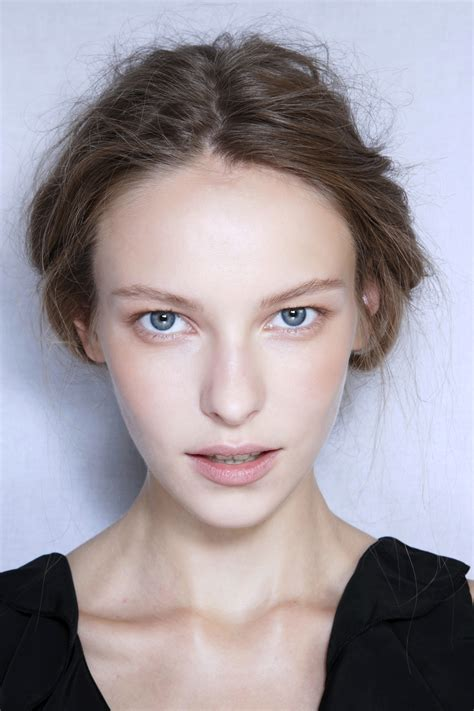 8 Ways To Get Natural Looking Makeup Stylecaster