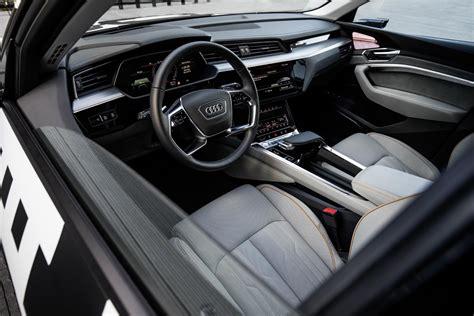 """Audi Etron Prototype Interior Pushes """"digital Boundaries"""""""