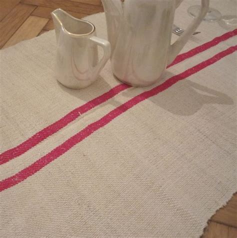 vintage linen for table runners
