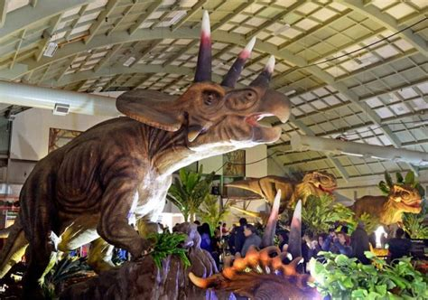 Jurassic Quest Return of the Dinosaurs