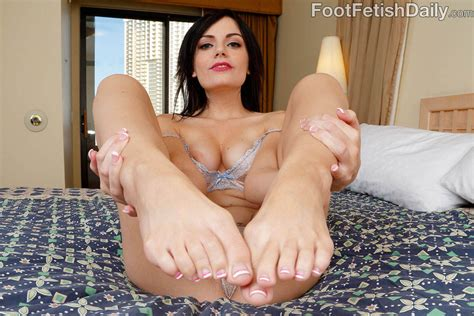Alexis Blaze Gives A Footjob To A Throbbing Boner 1 Of 2