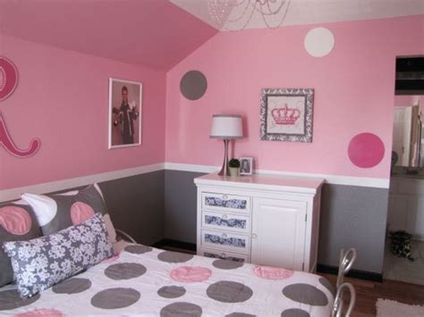 pretty in pink pink and gray girls bedroom the dresser