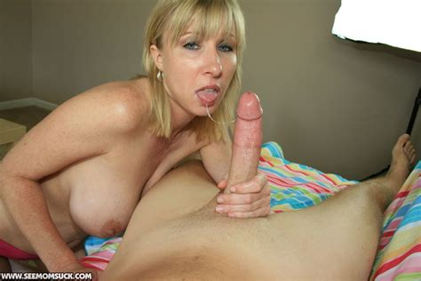 See Mom Suck Free Amateur Blowjobs Mother And Teen