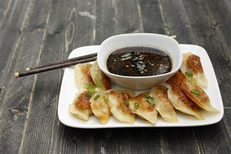 potsticker sauce potstickers with honey soy dipping sauce eat think be merry