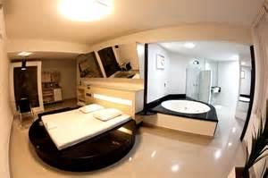 in suite motel deorum suítes