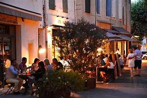 Restaurant Saint Rémy De Provence : en terrasse au coeur de saint r my de provence gus restaurant cr dits photos capsulecommuni ~ Melissatoandfro.com Idées de Décoration