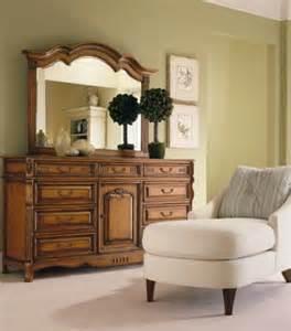 bednarski furniture s liz claiborne gallery