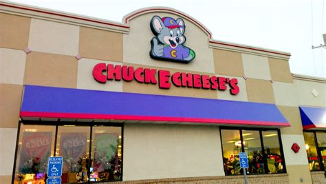 Chuck E. Cheese's $100 Giveaway