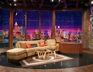 Tv talk show sitting area | TV Scenography | Pinterest ...