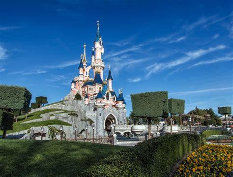 Disneyland Paris Pictures Photo Gallery Of Disneyland