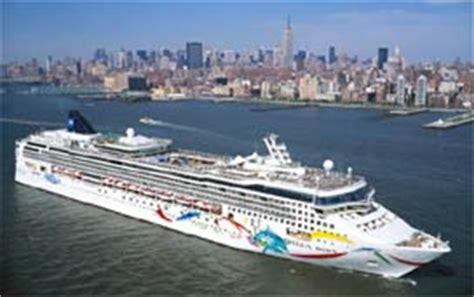 Norwegian Dawn Cruise Ship: Expert Review & Photos on
