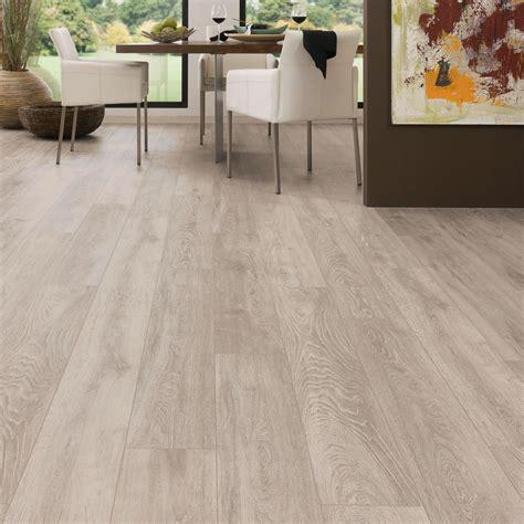amadeo boulder oak effect laminate flooring   pack departments diy  bq