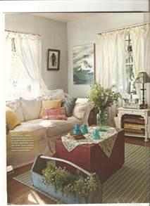cottage livingrooms 17 best ideas about cottage living rooms on cottage living country cottage living