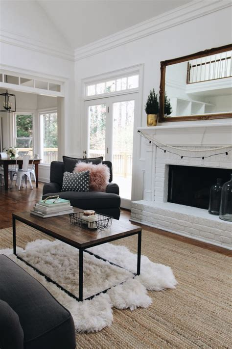 Cozy Living Room Ideas On A Budget by 25 Cozy Designer Family Living Room Design Ideas