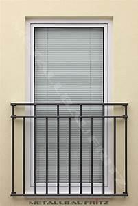 Franzosischer balkon 60 11 for Französischer balkon mit gartenzaun feuerverzinkt